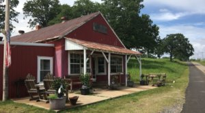 This Oklahoma Restaurant Way Out In The Boonies Is A Deliciously Fun Place To Have A Meal