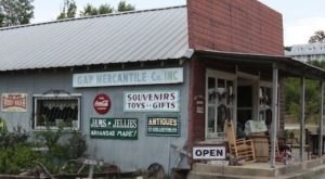 There's No Way You Won't Love Spending The Night At This 90-Year-Old General Store In Arkansas