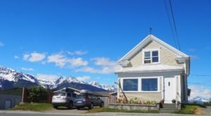 The Vintage Inn That's Been Around Since Before Alaska Was Even A State