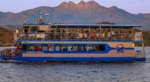 This Sunset Wine Cruise In Arizona Is The Perfect Springtime Adventure