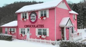 Treat Yourself To A Blast From The Past At This 100-Year-Old Candy Shop Near Pittsburgh