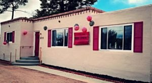 This Charming Tea Room In New Mexico Is Like Something Out Of A British Fairy Tale