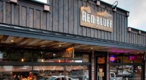 These 9 Unassuming Pubs In Washington Serve Meals To Die For