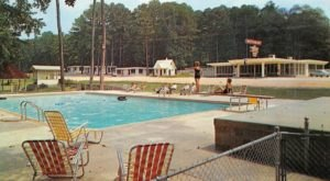 The Abandoned Mississippi Resort That's Been Slowly Deteriorating Since The 1960s