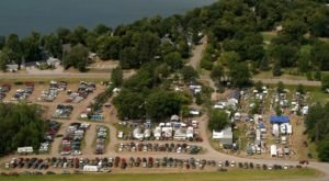 The Charming Out Of The Way Flea Market In Minnesota You Won't Soon Forget