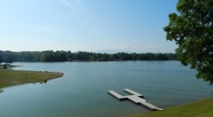 Visiting This One Mountain Lake In Tennessee Is Like Experiencing A Dream