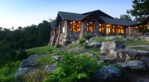 There's A Breathtaking Hotel Tucked Away Inside Of This Arkansas State Park