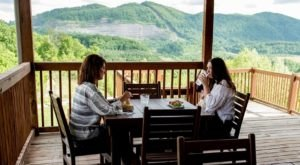 The Hidden Mountain Restaurant In Kentucky You'll Be Thrilled To Discover