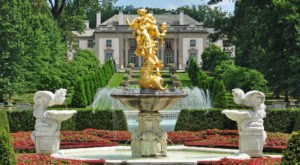 The Largest French Garden In The Country Is Hiding In Delaware's Brandywine Valley