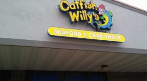 Feast On A Treasure Trove Of Seafood At Catfish Willy's, A Beach-Themed Spot In Indiana