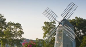 This Charming Windmill Park In Massachusetts Is The Perfect Picnic Destination