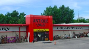 This Little Known Antique Mall In Minnesota Has More Than 14,000 Square Feet Of Treasures