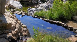 You Can Hike To A Natural Hot Springs Along This Southern California Trail And It's Just As Awesome As It Sounds