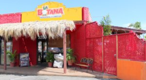 This Tiny Mexican Restaurant In Arizona Serves More Than A Dozen Types Of Tacos