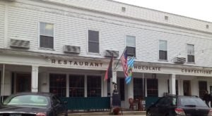 Most People Don't Know The Story Behind This Small Town Restaurant In New Hampshire