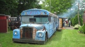This School Bus BBQ Spot Is The Perfect Place To Pig Out In Vermont