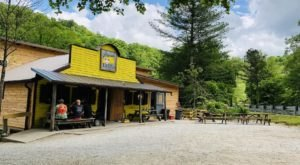 8 Restaurants In Kentucky That Are Hiding Throughout Red River Gorge