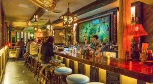 This Hawaiian-Themed Restaurant In New Orleans Will Transport You Straight To The Islands