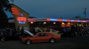 The Burgers And Shakes From This Middle-Of-Nowhere Wisconsin Drive-In Are Worth The Trip