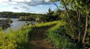 The Underrated Nature Area In Kansas That's Full Of Trails, A Cave, And Other Surprises