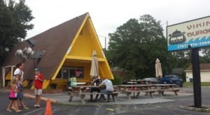 The Roadside Hamburger Hut In Virginia That Shouldn't Be Passed Up