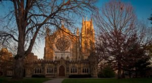 All Saints' Chapel Is A Gorgeous,  Heavenly Church Hiding In Tennessee