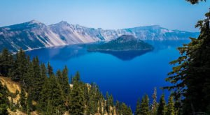 The Deepest Lake In The Country Is Right Here In Oregon And You'll Want To Explore It