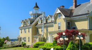 This Breathtaking Bed & Breakfast In Maine Is A Vision Of Coastal Charm
