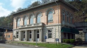 This Historic West Virginia Train Depot Is Now A Beautiful Restaurant Right On The Tracks