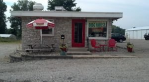 This Itty Bitty Hot Dog House In Indiana Is Unexpectedly Awesome