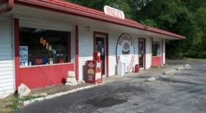 This Hoosier Hamburger House Has Been An Indiana Favorite Since 1930