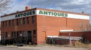 The Retro Wyoming Superstore That's A Treasure Trove Of Vintage Finds And Antiques