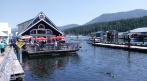 This Floating Restaurant In Idaho Is Such A Unique Place To Dine
