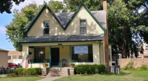 This Seemingly Normal House In Kansas Is Actually Home To A Mouthwatering Bakery