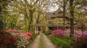 This Hidden Gem Bed & Breakfast In Maryland Looks Like It's Straight Out Of A Fairy Tale