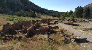 The Breathtaking Canyon Hike In New Mexico That Takes You To Sacred Ancient Homes
