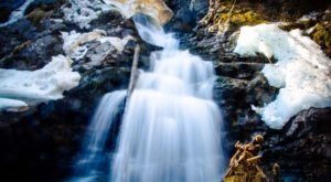 This Secret Alaska Waterfall Most People Haven't Heard Of Is An Absolute Gem