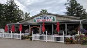 The Market And Restaurant In Michigan That Makes For A Delightful Down-Home Outing