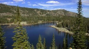 This Hidden Lake In Wyoming Has Some Of The Bluest Water In The State