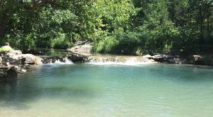 This Exhilarating Hike Takes You To The Most Crystal Blue Water In Oklahoma