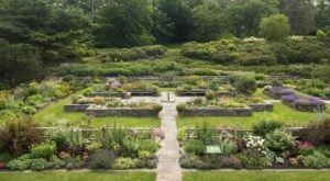 This Beautiful 25-Acre Botanical Garden In New York Is A Sight To Be Seen