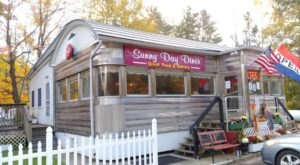 This Old Fashioned Restaurant In The New Hampshire Mountains Will Take You Back To Simpler Times