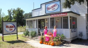 This Rustic Little Restaurant In Louisiana Serves The Best Po'Boys Around