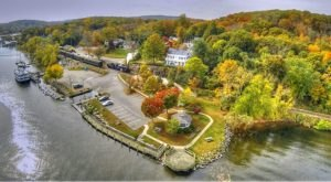 Visit This Secret Connecticut River Town When You Need To Escape From It All