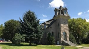 This Stone Church In Idaho Is Now A Quaint Bed And Breakfast And You'll Want To Spend The Night