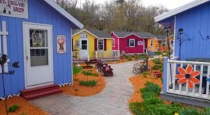 There's A Charming Village Of Shops Hiding In Wisconsin And You've Got To Visit