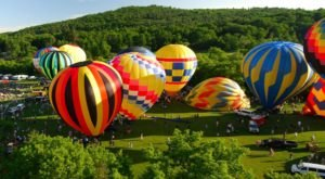 This Magical Hot Air Balloon Glow In Vermont Will Light Up Your Summer