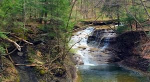 There's A Petite Emerald Waterfall Hiding Near Cleveland That's Too Beautiful For Words
