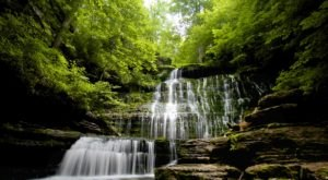 The Small Town In Tennessee That Is Home To 5 Breathtaking Waterfalls