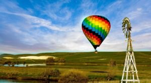 Spend The Day Above The Clouds With This Hot Air Balloon Adventure In Northern California